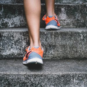 ふくらはぎ 筋肉 階段 ダイエット 脚